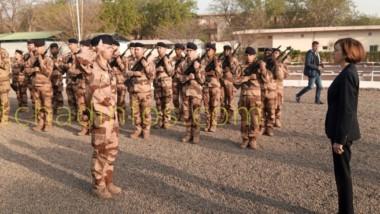 Tchad – France: des tirs sur   un véhicule français devant la résidence du président Déby
