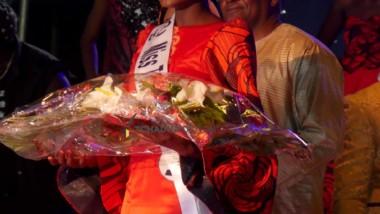 La nouvelle Miss Tchad reçoit les félicitations du  président Déby