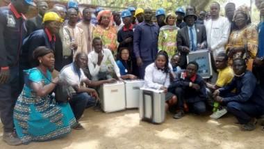 Tchad : elles offrent des kits d'outils mécaniques grâce à leur reliquat du 8 mars