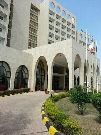 Coronavirus : l'hôtel Ledger Plaza est en désinfection
