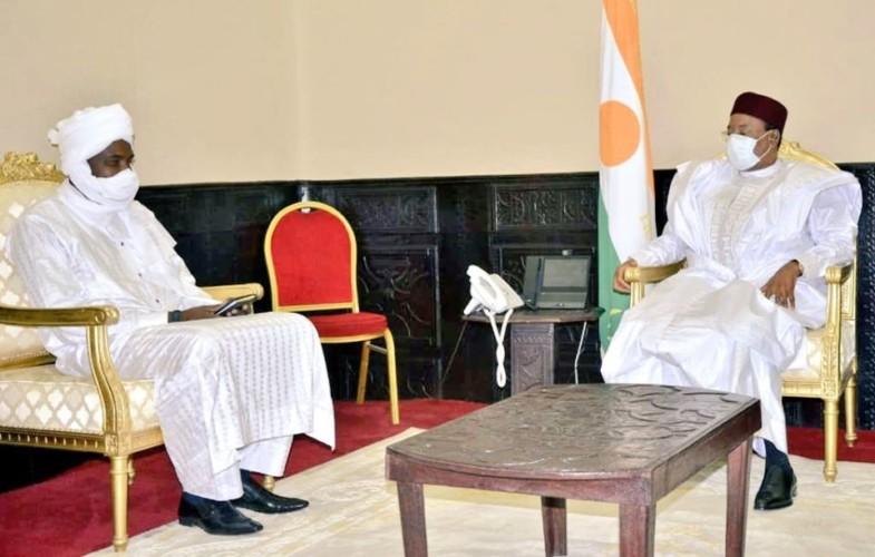 """Tchad : une rencontre entre Mahamadou Issoufou et  Mahamat Abbali Salah autour du succès de l'opération """"colère de Bohoma"""""""