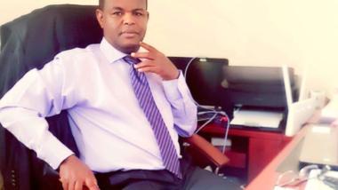 """""""Il sera difficile de mettre en œuvre ces mesures mais si le gouvernement arrive à investir l'essentiel des ressources vers les actions qui touchent aux conditions de vie de la population, je crois que c'est le plus important"""" Kébir Mht Abdoulaye"""