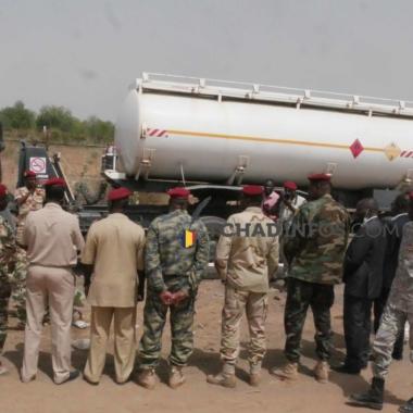 N'Djamena :  la raffinerie offre 2 citernes aux forces de défense et de sécurité