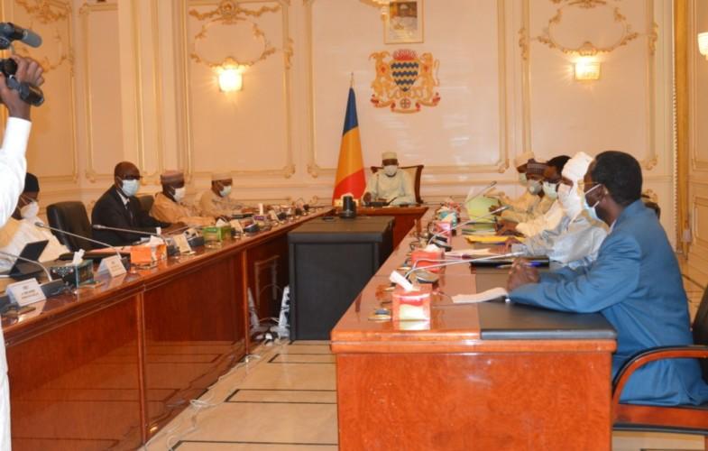 Tchad : le président Déby donne des orientations sur les priorités du gouvernement