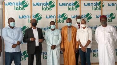Coronavirus : le ministre de la promotion des jeunes encourage les innovateurs