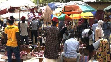 Réouverture des marchés : crainte d'une nouvelle vague de contamination au coronavirus