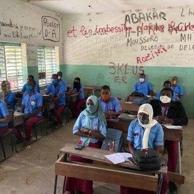 Coronavirus : la lutte continue dans les établissements scolaires