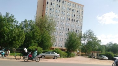 Tchad : pas de rampes, pas d'ascenseurs, les personnes à mobilité réduite souffrent