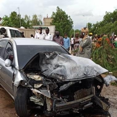 حصل حادث مرور بعد ظهر يوم 21 يوليو في حي سبنقالي بالدائرة الثالثة وأدى بوفاة شابين وأخر تعرض لجروح خطيرة.