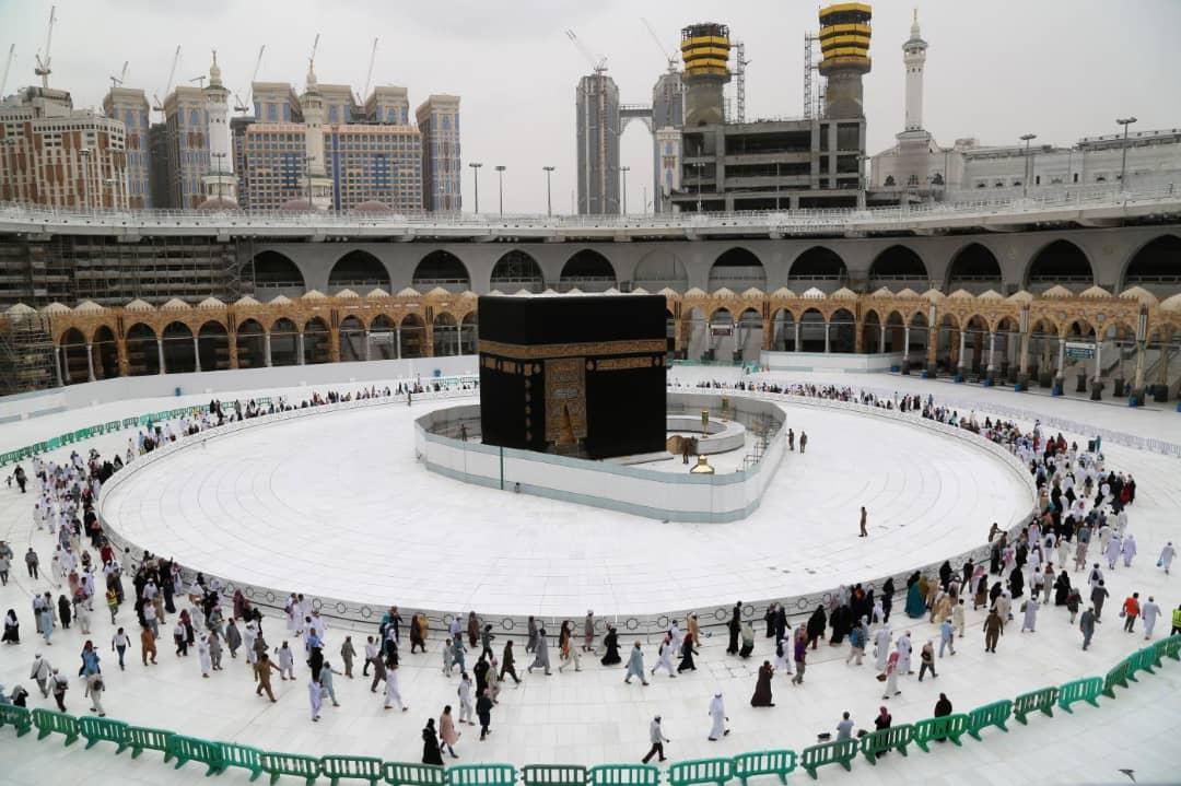 Hadj 2020 : le grand pèlerinage commence avec un millier de pèlerins contre  2,5 millions auparavant – Tchadinfos.com