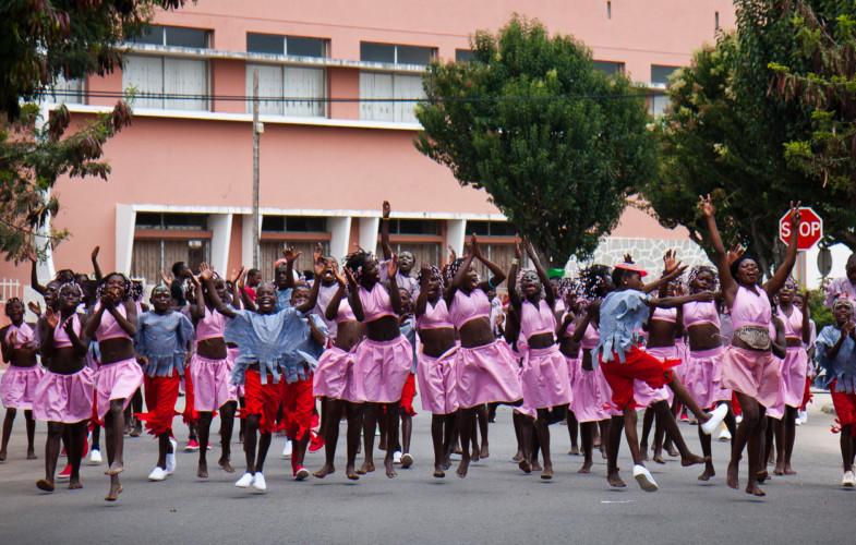 Coronavirus : l'Angola suspend les frais de scolarité