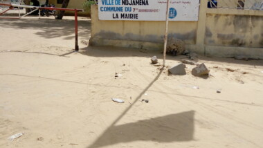 Tchad : le personnel du 7e arrondissement de N'Djamèna joué au ping pong