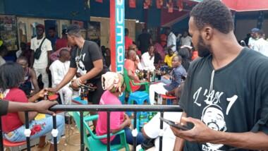 Tchad : des jeunes mobilisés pour commémorer le 1er anniversaire de la mort de DJ Arafat