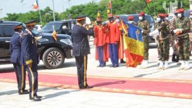 Tchad: Idriss Deby Itno vient d'arriver au palais de la Démocratie