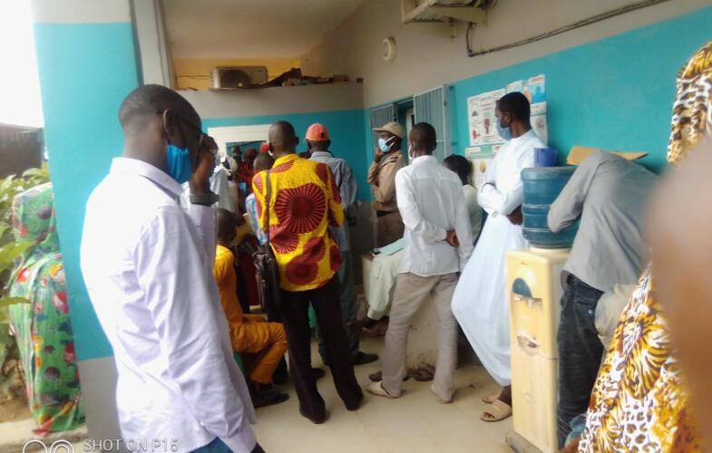Tchad : le calvaire des usagers devant les banques pour verser les frais de la carte nationale
