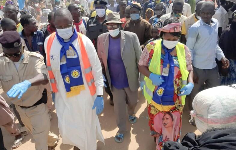 Tchad : Me Jean Bernard Padaré à Léré contre la Covid19