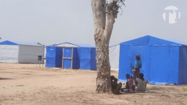 Fait divers : un agent de police municipale livre bagarre aux sinistrés de Toukra