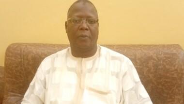 """""""J'ai l'impression que la classe politique n'arrive pas à apporter une explication et un projet de société clair"""" Ahmat Djidda Mahamat"""