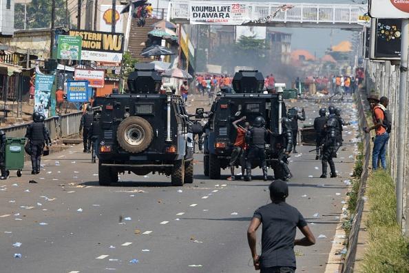 Présidentielle en Guinée : Amnesty international dénonce la violente répression des manifestations