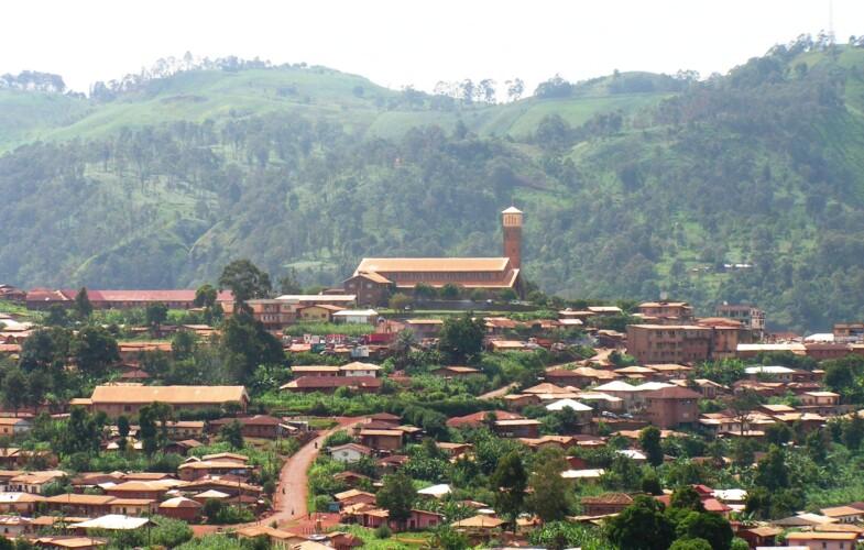 Cameroun : des hommes lourdement armés ont enlevé plus de six enseignants