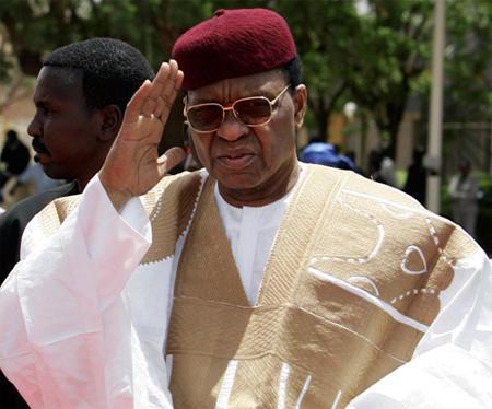 PORTRAIT: qui était Mamadou Tandja, l'ancien président nigérien?
