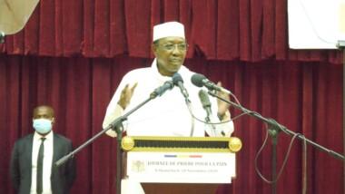 """Journée de prière : Le président Deby demande aux Tchadiens de """"cultiver sans cesse la solidarité en ne laissant aucune forme d'adversité l'éroder ni aujourd'hui, ni demain''"""
