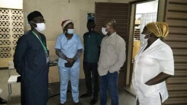 Tchad : le ministre de la santé visite les structures sanitaires lors du réveillon de Noël