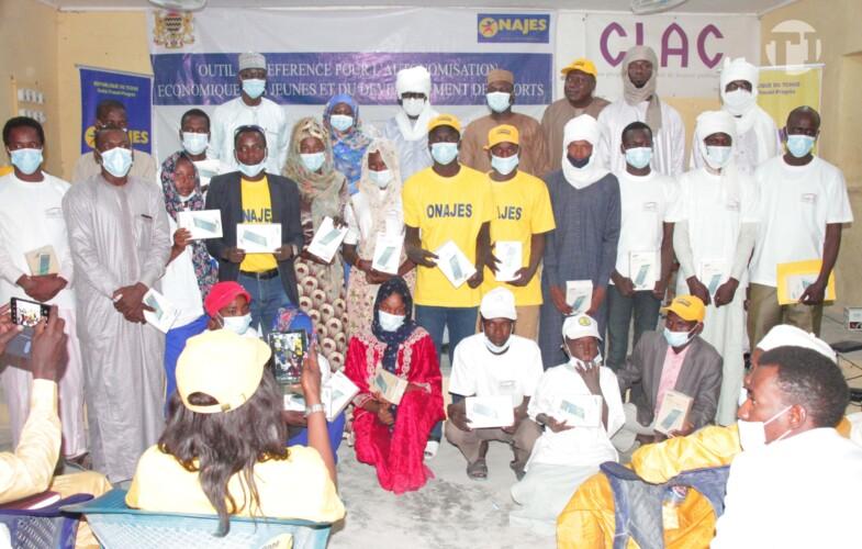 Tchad – Mao : plusieurs jeunes remportent des tablettes numériques de l'Adetic