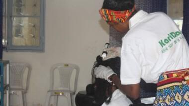Tchad: une jeune start-up cosmétique sensibilise sur le  traitement des cheveux afro avec des produits bio