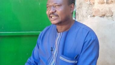 """Tchad : """" la nouvelle constitution est taillée sur mesure"""", Djekombé François"""