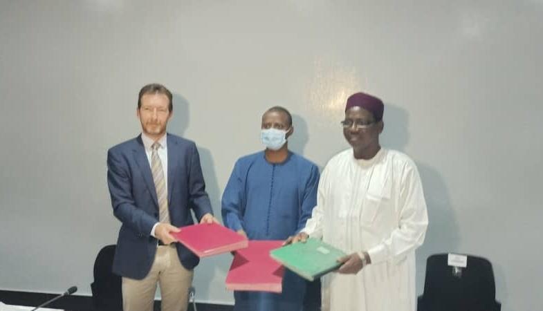 Signature d'un mémorandum pour doter le Tchad du plus grand complexe sucrier  d'Afrique