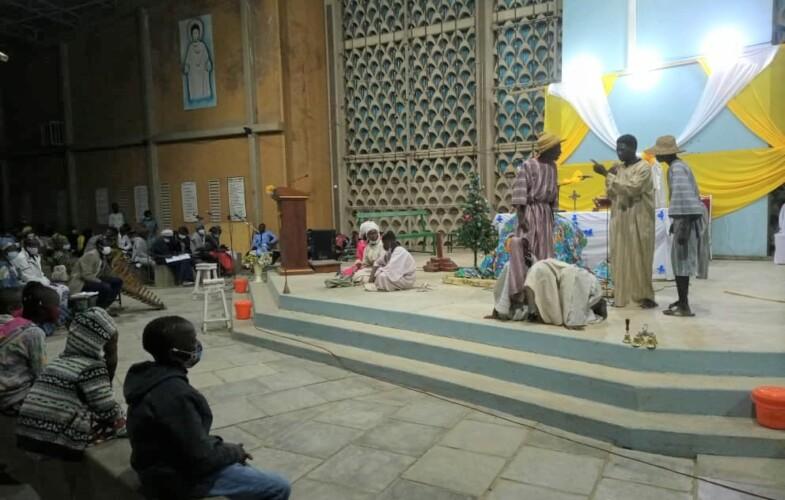 Noël annonce ses couleurs dans les églises et paroisses de la capitale