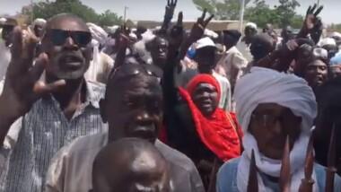 Les retraités du Tchad décident de passer la nuit à la CNRT