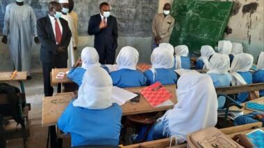 Le ministre de l'éducation effectue une descente dans les établissements scolaires pour constater l'effectivité de la reprise des cours