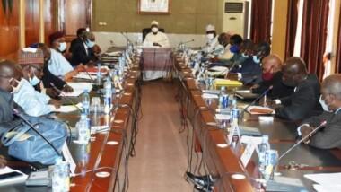 Tchad: «Nous avons tous les moyens de faire arrêter la grève aujourd'hui» , Kalzeubé Payimi Deubet