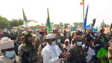 زيارة المشير إلى موندو: تمكن رئيس الجمهورية من مصافحة شعبه اللوغوني الغربي