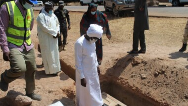 Fibre optique Doba-Koumra: Le ministre des Postes et de l'Economie Numérique inspecte les travaux
