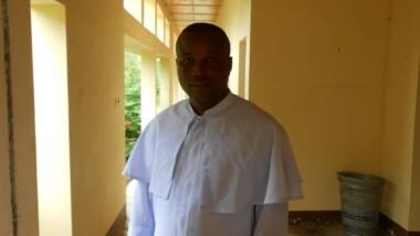 """""""Les jeunes ont raison de se plaindre de la cherté de la dot de nos jours, car elle est devenue comme un business"""", Mbaihornom Patrice, curé de la paroisse de Farcha"""