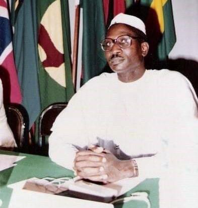 """Tribune : """"le Professeur IBNI Oumar Mahamat Saleh était un homme historique"""""""