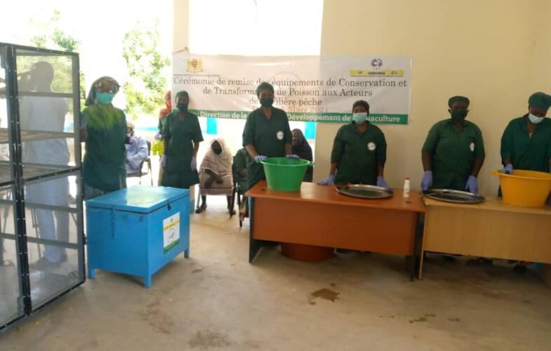 Tchad : remise des équipements de conservation et de transformation de poisson aux acteurs de la filière pêche