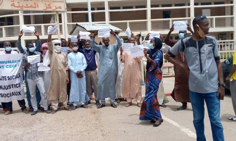 Tchad: les ex-employés de la mairie de N'Djaména ont protesté devant  l'hôtel de ville