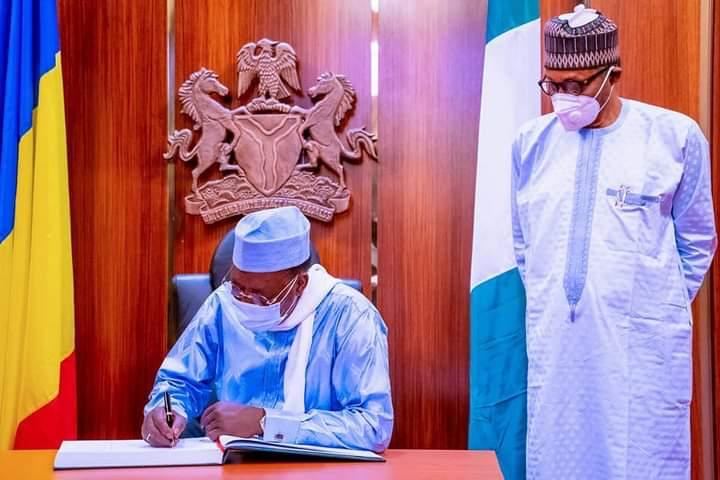 Tchad – Nigeria :  ce qu'il faut retenir de la visite d'Idriss  Deby Itno à Abuja
