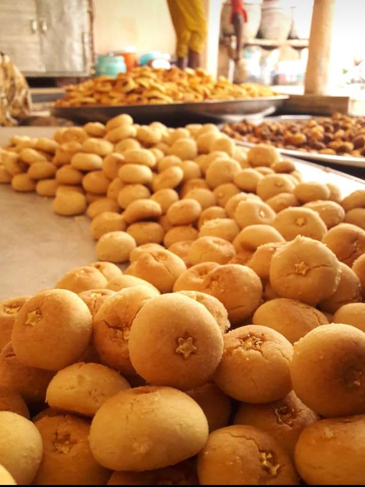 Fête de ramadan: les gâteaux passent en premier chez les femmes