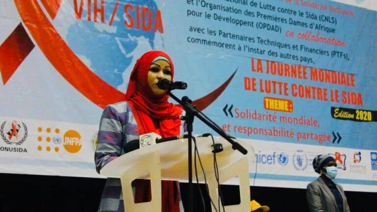 Tchad : la Première dame plaide pour plus d'action dans la lutte  contre le Sida