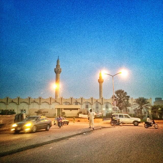 Coronavirus : fermeture immédiate des lieux de cultes et mosquées