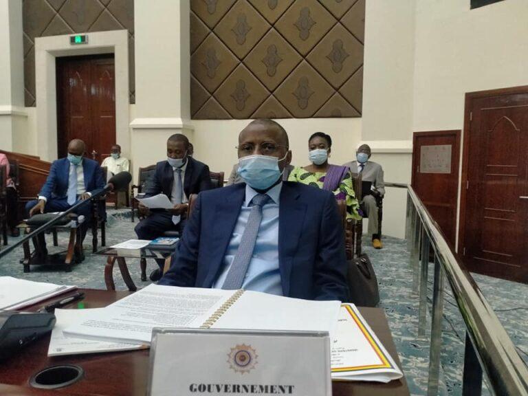 Tchad : le Ministre Tahir Nguilin soumet la Loi de finances 2021, estimée à 1247 milliards de FCFA, à l'appréciation des élus du peuple