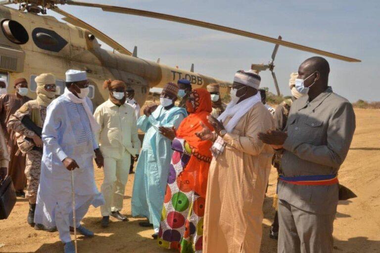 Tournée présidentielle: Idriss Deby Itno annonce la construction d'un Centre communautaire multimédia à Massenya