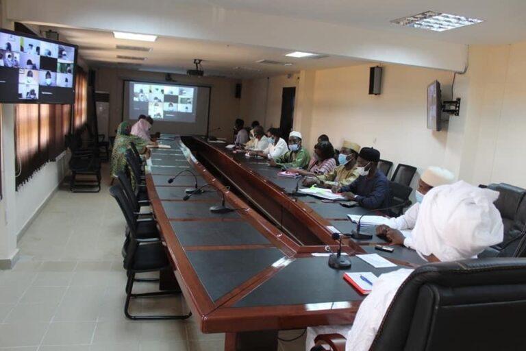 """Tchad : le ministre de la Santé publique invite les délégués provinciaux au sens du """"devoir national"""""""