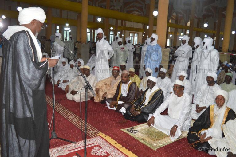 Aïd el Fitr : les imams appellent les Tchadiens à cultiver la paix