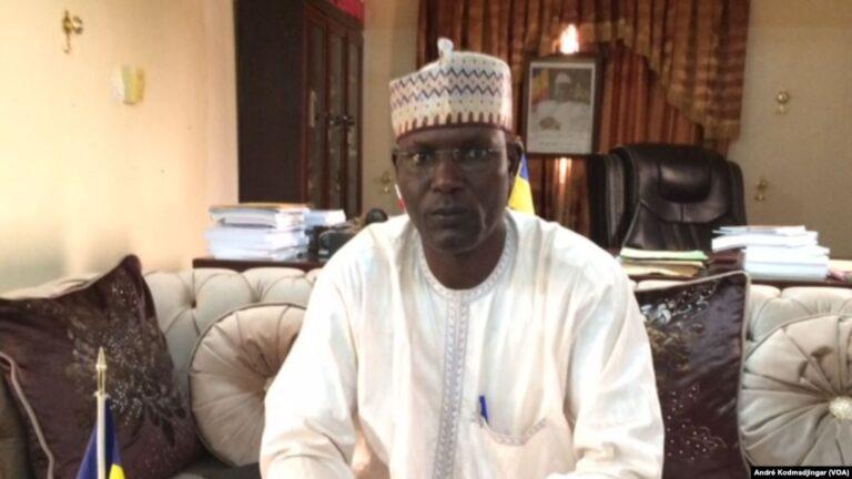 """Tchad : le ministère de la Fonction publique compte saisir les autorités compétentes contre """"ceux qui cherchent à tout prix à discréditer le processus de recrutement en cours"""""""